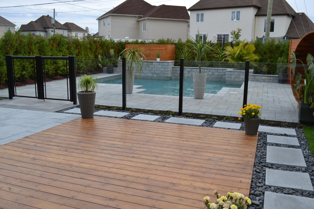 Cl ture de verre facile comme 123 for Clotures de piscine en verre